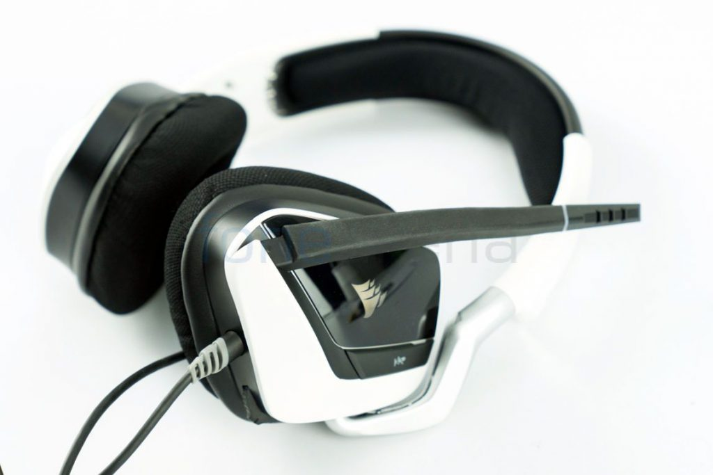 Corsair VOID PRO RGB USB Gaming Headset Unboxing