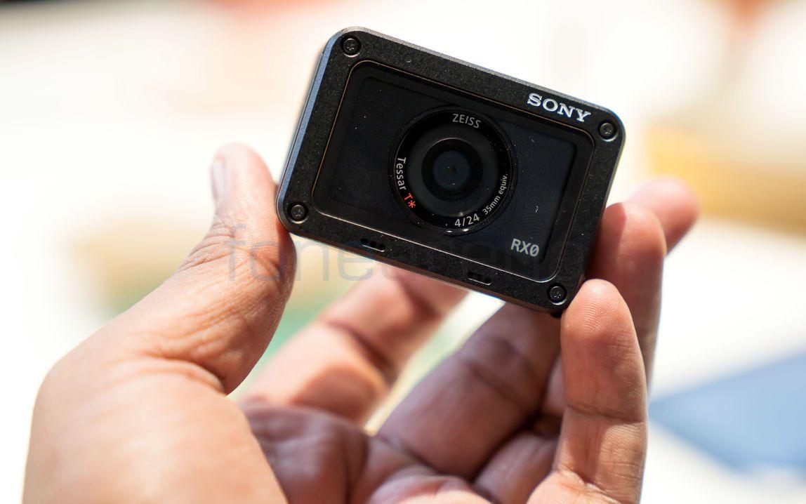 Sony RX0_fonearena-01