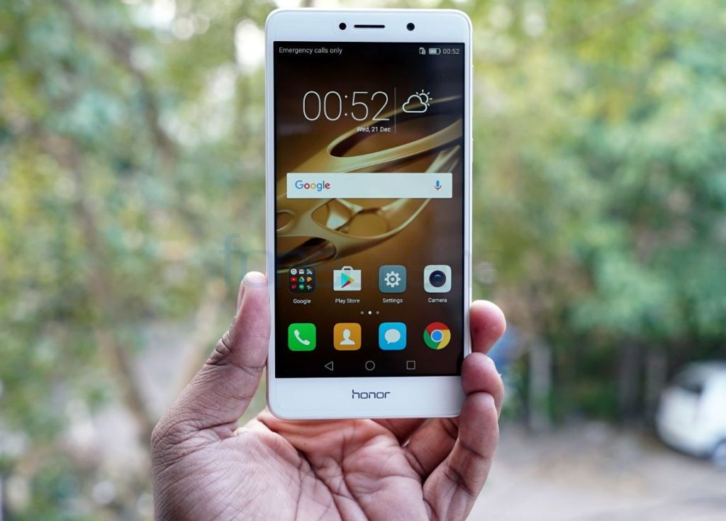 best-smartphone-under-10000-Honor-6X