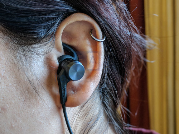 1More iBFree Bluetooth Headset Review-5