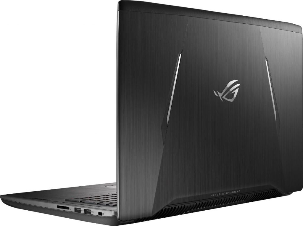 ASUS ROG Strix GL702ZC gaming laptop with eight-core AMD Ryzen 7