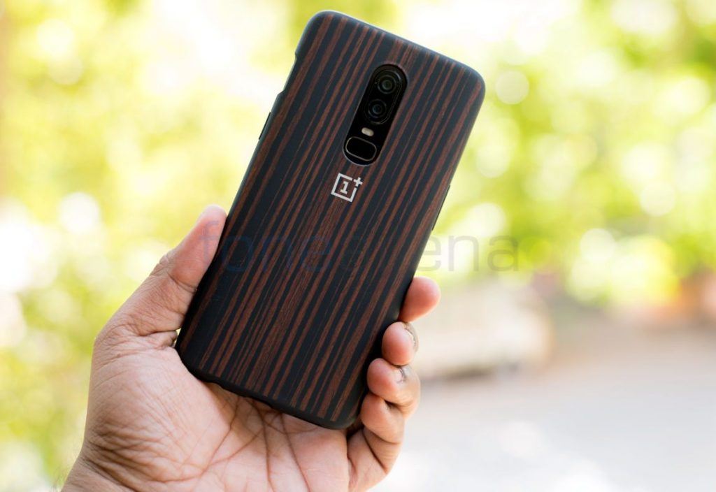 wholesale dealer f53b6 408a9 OnePlus 6 Cases Unboxing – Nylon Black and Ebony Wood Bumper Case ...