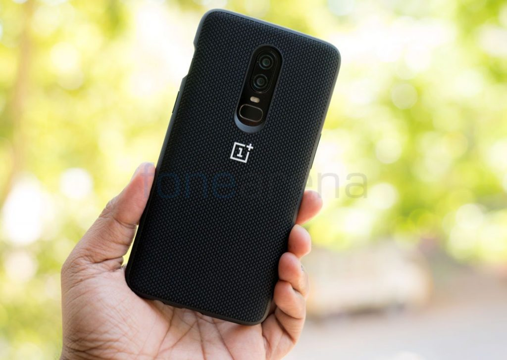 wholesale dealer 019a7 b810b OnePlus 6 Cases Unboxing – Nylon Black and Ebony Wood Bumper Case ...
