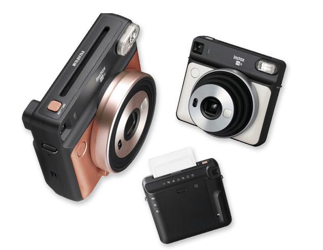 Fujifilm Instax SQUARE SQ6 with automatic exposure control