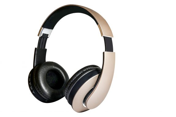 63879ce454a Intex BSH 2000 and BT 208 Wireless Headphones, HFK 601 wired earphones, BS  10 and BS 20 Bluetooth speakers and more launched