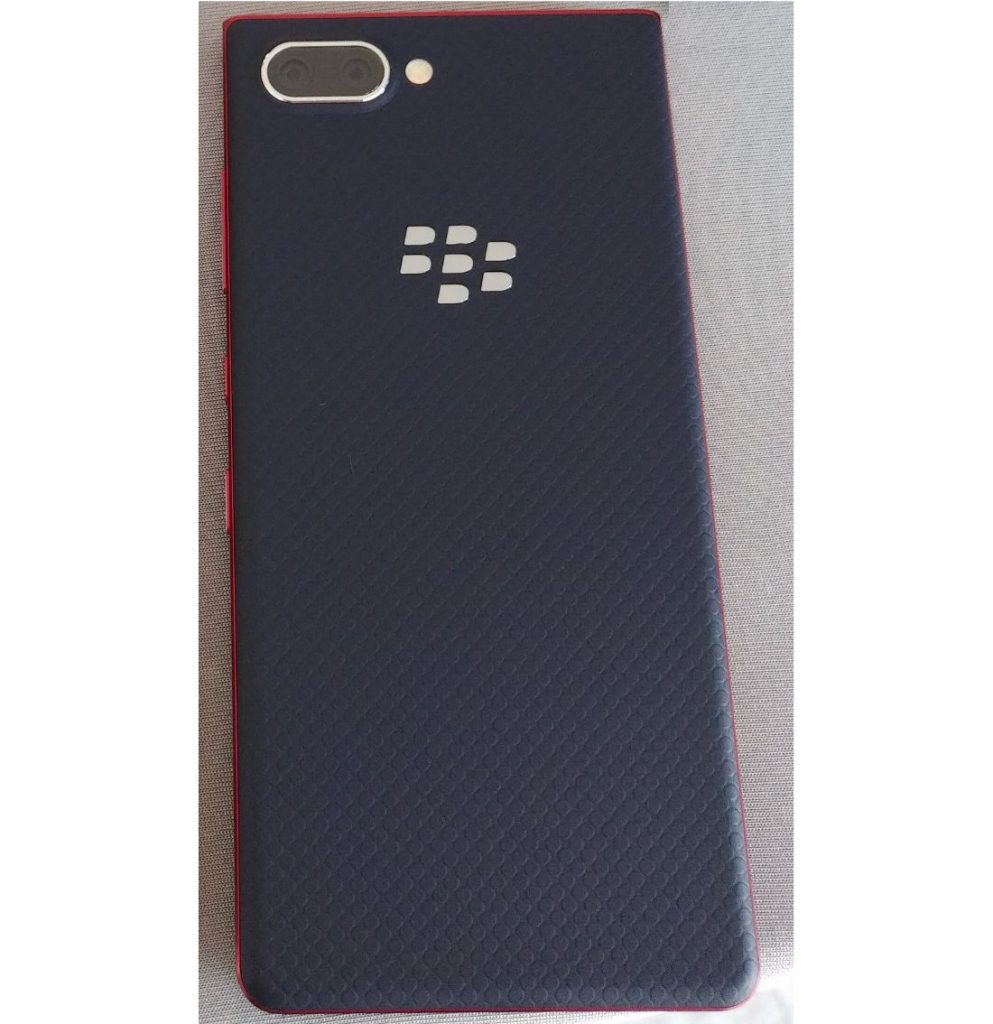 BlackBerry KEY2 Lite with dual rear cameras surfaces in live image, could be announced at IFA 2018 [Update: Will launch as KEY2 LE]