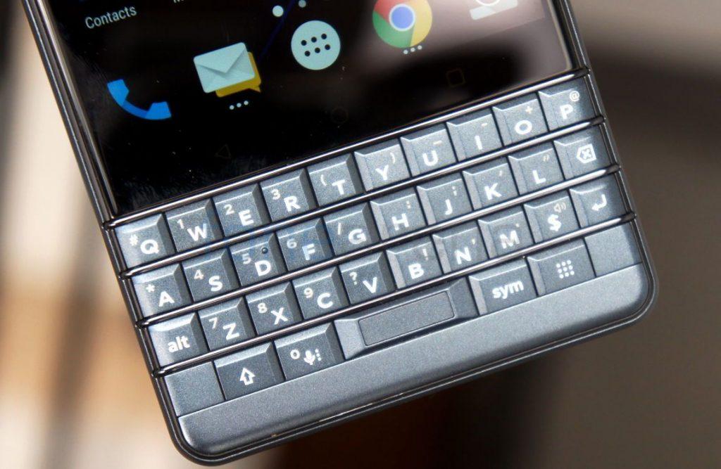 BlackBerry Key2 LE Review