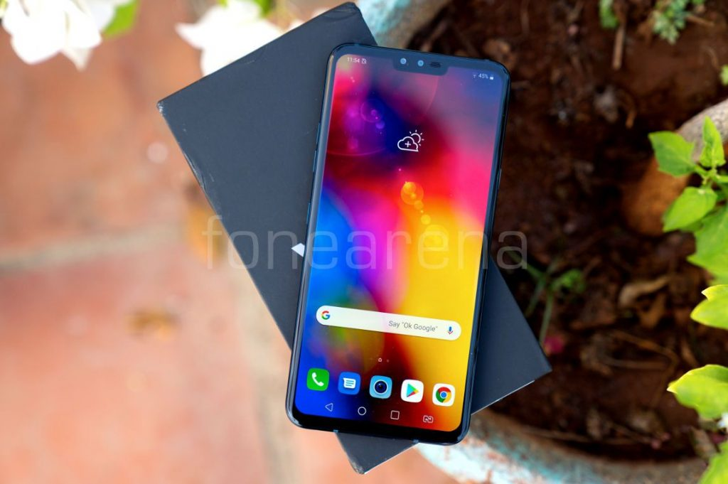 LG V40 ThinQ Review: A capable flagship that can't keep up