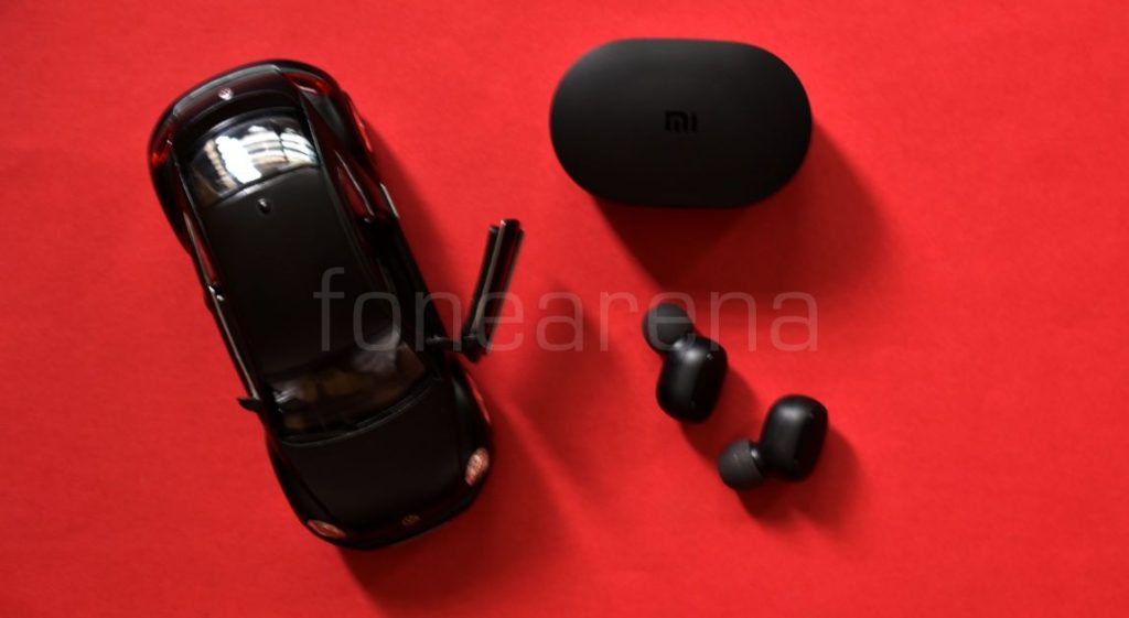 76e9c25d6b5 Similar to other Xiaomi ecosystem products, Redmi AirDots feature a minimal  design, these come with a case which is entirely made up of plastic, the  earbuds ...