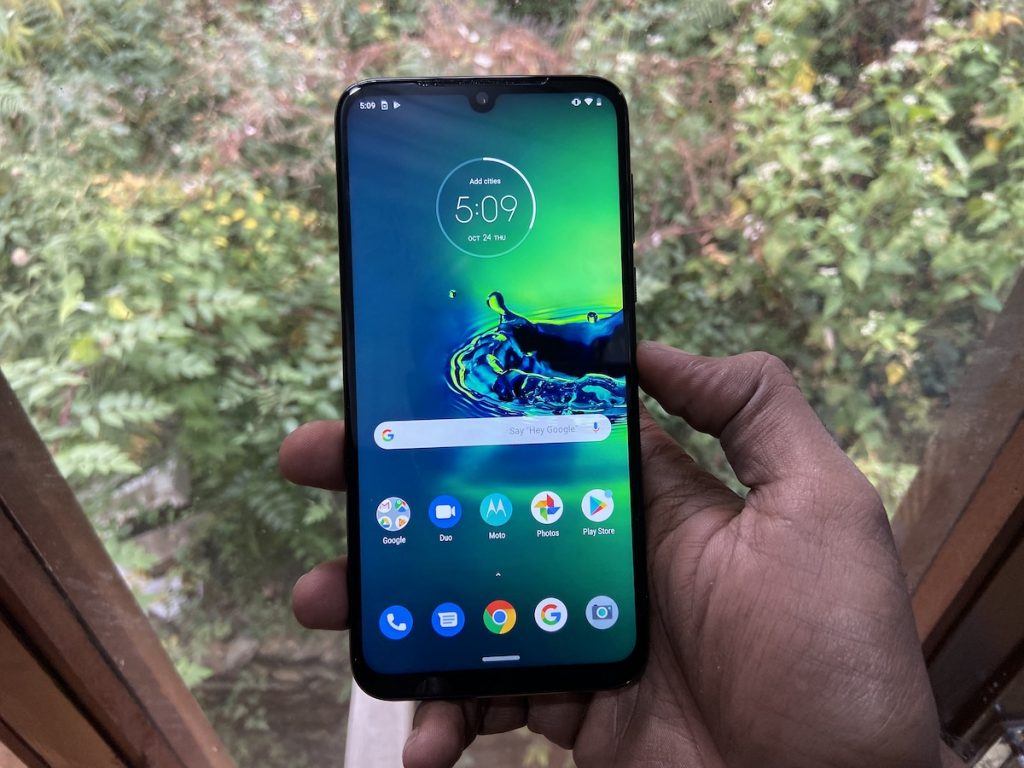 Moto G8 Power with 5000mAh battery, Android 10 gets certified by the FCC