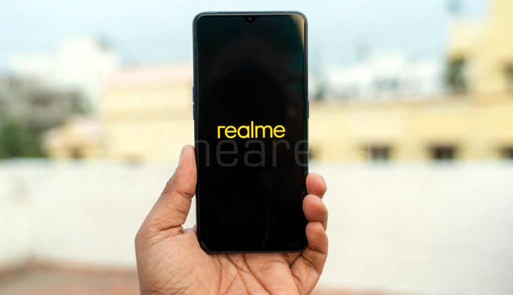 Realme to open exclusive experience stores, add 100 more service centres in India soon