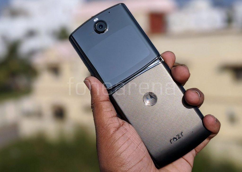 Motorola Razr 2019 The Future Of Compact Phones Unfold Laptrinhx